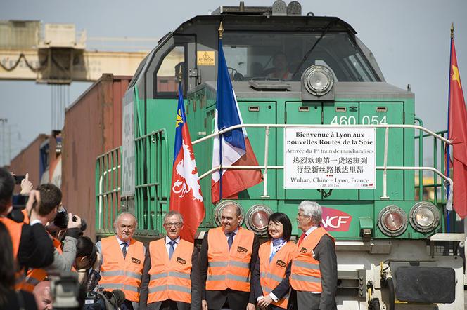Arrivee du premier train de marchandises reliant Wuhan (Chine) a Lyon