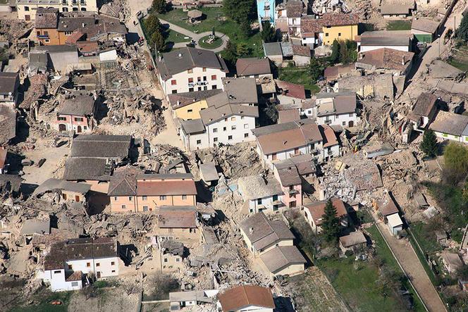 ITALY-QUAKE-AERIAL VIEW